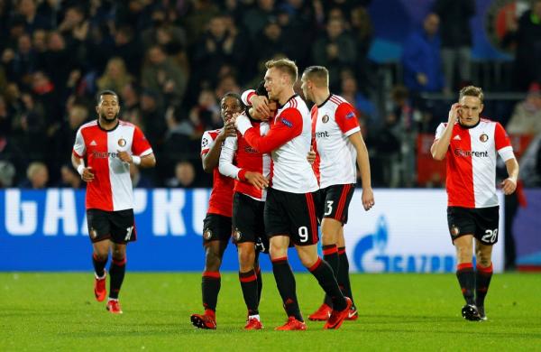 Feyenoord Pen Five Year Adidas Renewal Sportspro Media
